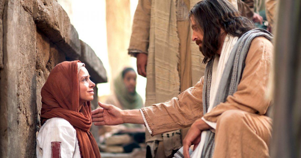 2011-10-031-jesus-heals-a-woman-of-faith-1920x960