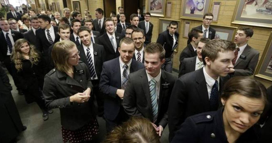 mormon-missionaries-lds-coming-home-mtc