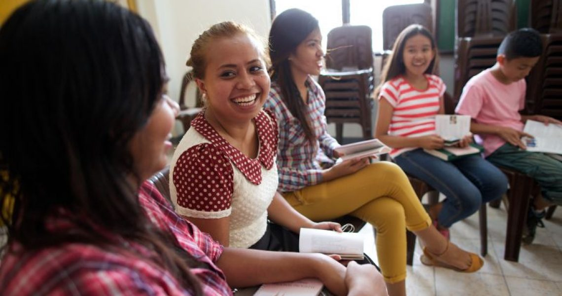 philippines_youth_in_sunday_school